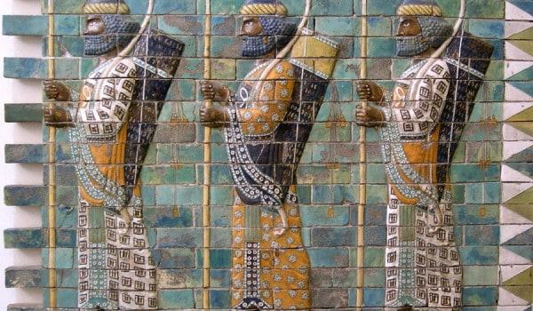 los-inmortales-persas-900px-600x350