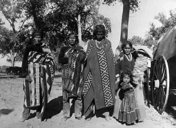 Los Apaches Guerreros De Las Llanuras Guerreros